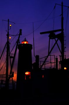lighthouse by Jaroslaw Porzezinski on 500px