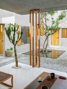 Gallery of Sunyata Hotel in Dali Old Town / Zhaoyang Architects - 18