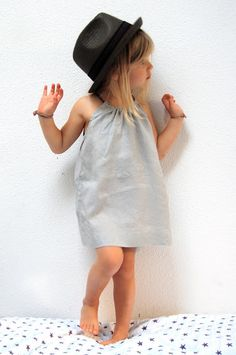 DIY sweet and simple dress... nieces? (or maybe my own baby if a girl! :) )