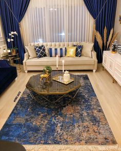 The Best 2019 Interior Design Trends - Interior Design Ideas Blue Living Room Decor, Home Decor Bedroom, Home Living Room, Interior Design Living Room, Living Room Designs, Home Design, Salon Design, Design Ideas, Room Colors