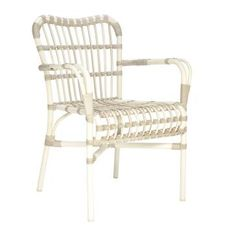 lucy stacking dining chair | JANUS et Cie