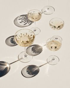 Telegraph Luxury - Champagne -