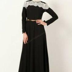 Dantel Detaylı Fiyonk Elbise