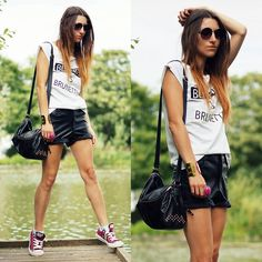 Hot Looks, by Hype + Newness Maroon Converse Outfit, Converse Bag, Shorts And Converse, Outfits With Converse, T Shirt And Shorts, Converse Chuck, Red Ombre, Girls Wear, Spring Summer Fashion