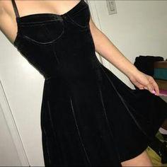 Estou vivendo um caso de amor com esse vestido, #preciso