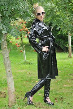 Black PVC Raincoat - http://fashionrainwear.co.uk/