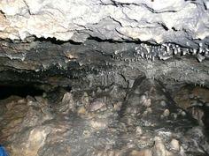 ... Historia. Un vuelo visual.: 34) Larraona y la Cueva de los Cristinos