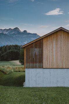 Wood Architecture, Minimalist Architecture, Architecture Details, Facade Design, House Design, Wood Facade, Barn Renovation, Timber Cladding, Timber Slats