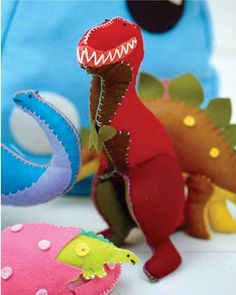 Free Pattern – Felty Dinosaur from Toys to Sew by Claire Garland « Crown Publishing - CrafterNews