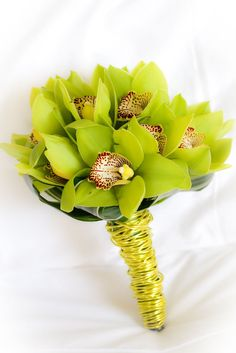 Going green - lime green orchids and floral wire. You'd be sure to make a statement here!