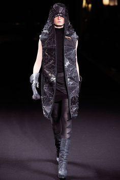 Rick Owens Fall 2010 Ready-to-Wear Fashion Show - Hanne Gaby Odiele (IMG)