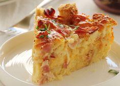 Στράτα+με+μπέϊκον,+τσένταρ+και+κασέρι Greek Recipes, Lasagna, Charleston, Tart, Pie, Pudding, Eggs, Snacks, Dinner