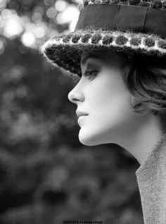 my 100th CLASSY pin. I decided to pin one of my very favorite modern classy ladies. MARION COTILLARD stay classy... <3