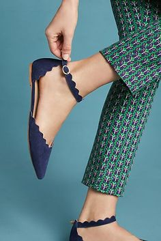 Anthropologie Scalloped D'Orsay Flats by: Anthropologie (US) Pair these scalloped flats with charmingly patterned denim, or smart trousers for a funky finish. Fancy Shoes, Formal Shoes, Slip On Shoes, Cute Flats, Cute Shoes, Me Too Shoes, Flat Shoes Outfit, Beautiful Shoes, Comfortable Shoes