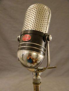 Vintage Retro Chrome Shield M 102 Dual Crystal 1950's Radio Microphone Stand   ~ SSAOBX.COM