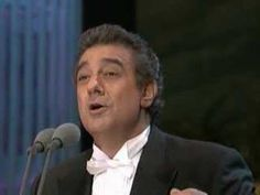 Placido Domingo - Granada.  Singing in the opera.