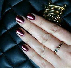 Metallic dark pink burgundy powder on gel nails