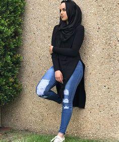 Modest and stylish (hijabi fashion) Modest Fashion Hijab, Modern Hijab Fashion, Muslim Women Fashion, Hijab Fashion Inspiration, Islamic Fashion, Mode Inspiration, Modest Outfits, Fashion Outfits, Classy Fashion