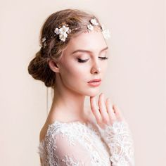 Wedding Lighting Ideas For Romantic Weddings Romantic Bridal Hair, Bohemian Wedding Hair, Bridal Hair Vine, Romantic Weddings, Wedding Clip, Bridal Headpieces, Bridal Headbands, Wedding Hair Pieces, Tiaras And Crowns