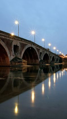 Pont Neuf in Toulouse, France