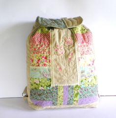Woman quilted backpack patchwork multicolour pink olive lavender ivory linen. $65.00, via Etsy Tunde