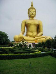 9. El Gran Buda de Tailandia, Tailandia, 92 metros.