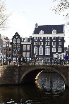 Amsterdam Guide >> La Buena Vida (Nicole Franzen)