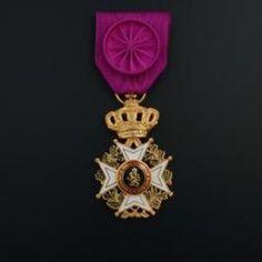 Order of Leopold (civil), Officer's badge