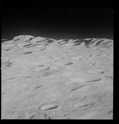 https://flic.kr/p/zaht3A   AS08-13-2319   Apollo 8 Hasselblad image from film magazine 13/E - Lunar Orbit, Trans-Earth Coast