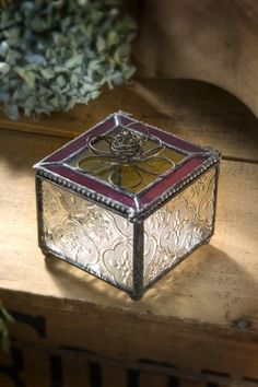 Vintage clear and grape square box with flower