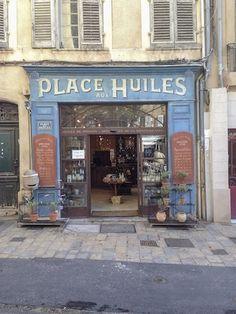 Storefront in Aix France #storefront