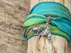 Beachcomber bracelet on Artbeads