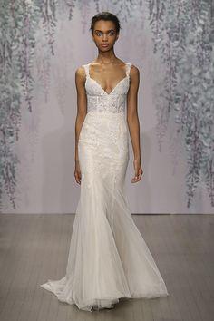 Monique Lhuilleir Dulce Wedding Dress