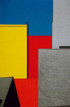 PAESAGGIO URBANO. LOS ANGELES. 1991 © Franco Fontana // Courtesy of SR Arte Contemporanea – MONDO GALERIA.