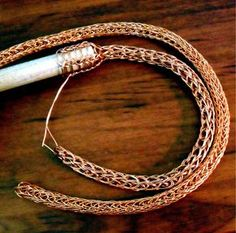 Viking Knit - La technique de la maille viking - Plumetis Magazine
