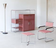 Inspired by the tubular steel furniture that Thonet produced for Bauhaus master Marcel Breuer, Bruno Weil – architect and artistic director of the Parisian division Thonet-Frères – developed more than. Minimalist Furniture, Classic Furniture, Cool Furniture, Modern Furniture, Furniture Sets, Furniture Design, Furniture Online, Furniture Cleaning, Steel Furniture