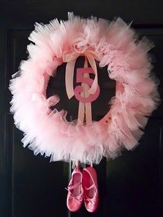 Ballet birthday wreath- Sooo doing this the next ballerina party! Hopefully I will have more time to work on it than this past one :) Ballerina Birthday Parties, Birthday Party Themes, Girl Birthday, Birthday Ideas, Ballerina Party Decorations, Birthday Door, Ballerina Party Favors, Birthday Tutu, Tutu Party