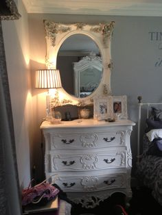 French furniture families bedroom