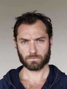 I want to rub my jawline and cheeks across that beard. And have it brush against my..... ;)