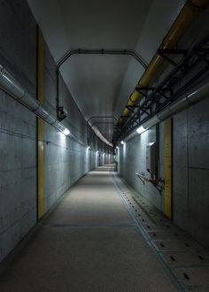 kkworks architecture corridor tunnel concrete niigata japan 2015 photographers_on_tumblr over100