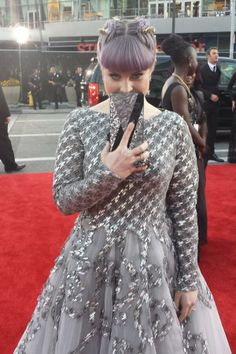 Kelly Osbourne at the 2013 American Music Awards #RedCarpet
