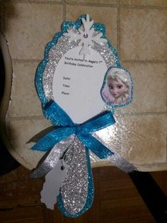 I know it's Frozen but could work for any princess theme! Disney Frozen Party, Disney Princess Party, Frozen Princess, Princess Theme, Frozen Themed Birthday Party, 4th Birthday Parties, Birthday Party Decorations, Frozen Invitations, Party Time