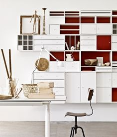 Minimalist-white-shelving-system-furniture-by-Montana