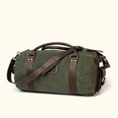 Larger and better suited for long business trips or necessary getaways, the Denver Waxed Canvas Travel Duffle will safely transport everything you need. Canvas Duffle Bag, Canvas Travel Bag, Waxed Canvas Bag, Leather Duffle Bag, Duffle Bag Travel, Leather Briefcase, Duffel Bags, Canvas Bags, Canvas Leather