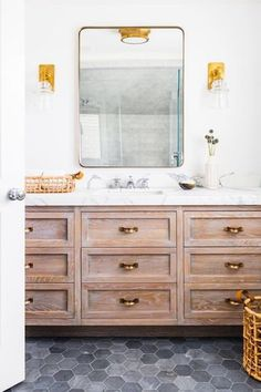 Today we have the prettiest roundup of 25 beautiful farmhouse bathrooms. Take a peek at some of the best design details in each bathroom.