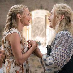Mamma Mia 2 cast talk about THAT major twist - Mamma Mia 2 cast talk about THAT major twist Source by - # big twist Braids Mamma Mia, Big Braids, Twist Braids, Iconic Movies, Good Movies, Here I Go Again, Ella Enchanted, Big Twist, Bae