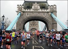 London Marathon - oh wait I'm going next month to support Jamie in his marathon quest - exciting weekend! Runners High, Runners World, London Marathon, London Today, England And Scotland, Marathon Running, Snow Skiing, Summer Olympics, Running Workouts