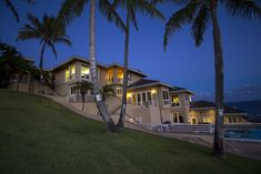 Open House Pick of the Week: This $6.3M Hawai'i Loa Ridge Home has an Amazing View of the Pacific Ocean - Real Estate - October 2014