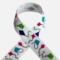 7/8+Whimsical+Kites+on+White+Grosgrain+3+yards+by+AllAboutRibbon,+$2.49