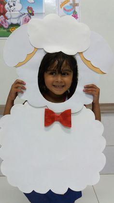 Ovelhas de jesus Bible Crafts For Kids, Bible Study For Kids, Diy For Kids, Bible Activities, Toddler Activities, Animal Costumes For Kids, Children's Church Crafts, Sheep Crafts, Shaun The Sheep